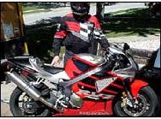 Bu motosiklet 328 km hız yapabilir mi?